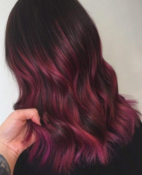 cherry rood haar inspiratie en trends